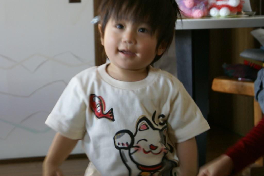ネコちゃんtシャツ